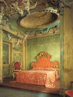 Sagredo Bedroom at the period rooms in the Metropolitan museum of art | Paint + Pattern