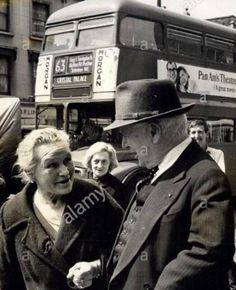 An Old Photo Of Charlie Chaplin in Old Kent Road Between Peckham and Bermondsey South East London England School Pics, School Pictures, Old Pictures, Old Photos, South London, Old London, West London, Illusion Photography, Charlie Chaplin