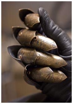 grafika armor, knight, and gloves Dark Fantasy, Fantasy Armor, Medieval Armor, Medieval Fantasy, Medieval Knight, Larp, Location Costume, Armadura Medieval, Post Apocalyptic Fashion