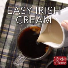 Easy Irish Cream- I have made this before from their cookbook. Makes a fabulous gift! Dessert Drinks, Bar Drinks, Yummy Drinks, Alcoholic Drinks, Beverages, Homemade Irish Cream, Baileys Irish Cream, Irish Cream Drinks, Coffee Creamer Recipe