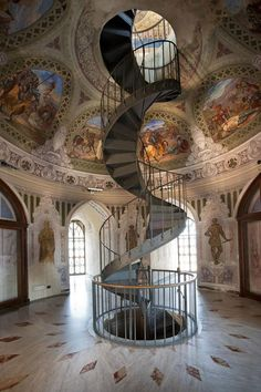 The Castle staircase in Corigliano Calabro, Calabria, Italy. Beautiful Castles, Beautiful Buildings, Beautiful Places, The Places Youll Go, Places To Visit, Architecture Classique, Italy Holidays, Voyage Europe, Stairway To Heaven