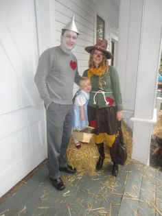Family Halloween Costumes That Prove Dressing Up Is Not Just Child's Play