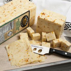 One of the hottest peppers in the world meets an American classic - Monterey Jack. This is a great cheese for adding punch to burgers, dogs, casseroles, a fiery mac 'n' cheese and of course, chili.
