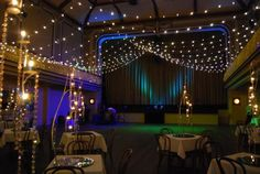 Ormond Hall : Main hall with bud lighting and table centrepiece