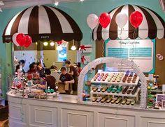 Bakery Interiors | Bizzy Oven Mitt Bakery