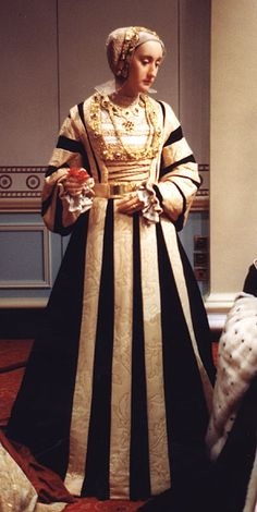 Wax figure of Anne of Cleves Madame Tussaud's London. Fourth wife of King Henry VIII. Ana De Cleves, Anne Of Cleves, Anne Boleyn, Historical Costume, Historical Clothing, Medieval Clothing, Marie Tudor, Renaissance, Elisabeth I
