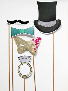 How to Set Up Your Own DIY Photo Booth : Page 02 : Decorating : Home & Garden Television