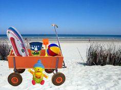 puk gaat naar het strand een leuk digitaal prentenboek stuur een mailtje naar bongo.visser@ziggo.nl dan stuur ik je het toe.