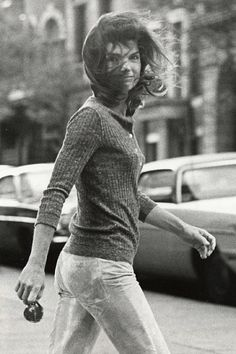 City resident Jackie Kennedy Onassis classes up Madison Avenue, October 1971. By Ron Galella/WireImage
