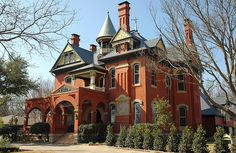 Gainesville, Texas   A historic home in Gainesville, Texas …   Flickr