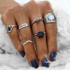 Ethnic Queen Ring Set 6pcs