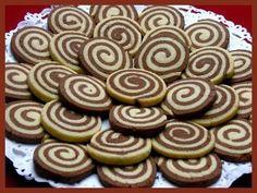 Obrazek Christmas Baking, Mini Cupcakes, Yummy Treats, Cookies, Desserts, Food, Kitchen Ideas, Crack Crackers, Tailgate Desserts