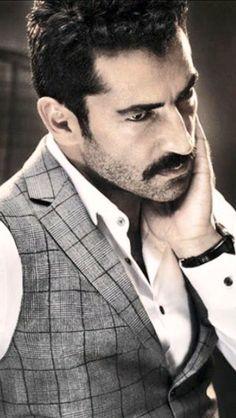 Kenan Imirzalıoğlu - Former best model, prominent Turkish TV and movie actor.