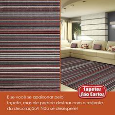 Apenas coloque almofadas com padrões ou cores semelhantes do tapete e pronto! Coleção Classe A, Tropical. #almofadas #cores #decoracao #tapetes #tapetessaocarlos