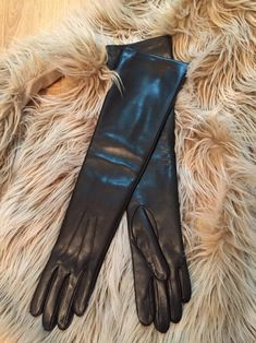 Long leather gloves, opera gloves, super soft silk lining, dress gloves, inches S Black Leather Gloves, Leather Pants, Wedding Gloves, Dress Gloves, Women's Gloves, Driving Gloves, Long Gloves, Leather Fashion, Opera