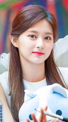 Tzuyu😍 Beautiful Girl Image, Beautiful Asian Women, Simply Beautiful, Most Beautiful Indian Actress, Korean Beauty Girls, Korean Girl Fashion, Asian Beauty, Kpop Girl Groups, Korean Girl Groups