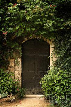 secret-garden-door (597×900)