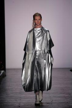 ap-fashionmemories: Runway - SS16 - Jingci Jessie Wang & Max Lu / Academy of Art - New York Fashion Week