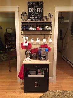 Coffee Bar Ideas - Looking for some coffee bar ideas? Here you'll find home coffee bar, DIY coffee bar, and kitchen coffee station. Decor, Cool Kitchens, Small Spaces, Coffee Bar Home, Kitchen Decor, Home Decor, Diy Coffee Bar, Coffee Design, Cafe Bar