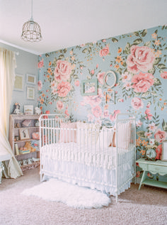 Cute Baby Girl Nursery Idea 21