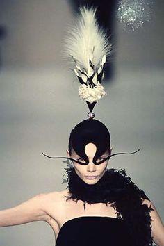 Philip Treacy F/W 1997 Haute Couture