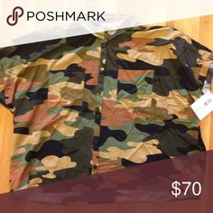 🦄LulaRoe Camo Amy🦄 NWT Large Camo Amy. I bought this over retail because it was my ultimate unicorn. Unfortunately it does not fit. My loss is your gain! LuLaRoe Tops Button Down Shirts