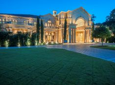 27,000 sq. ft. neoclassical/French mansion - Houston, Texas