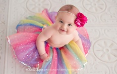 6 month old baby S and her adorable big brother visit the studio for baby portraits. Winter Family Pictures, Baby Pictures, Baby Photos, Old Portraits, Baby Portraits, Best Photography Logo, Photography Ideas, Portrait Photography, 6 Month Old Baby