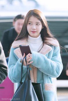Korean Celebrities, Korean Actors, Celebs, Iu Fashion, Korean Street Fashion, Kpop Girl Groups, Kpop Girls, Korean Girl, Asian Girl