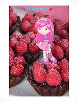 Mini tortes choco-framboises  Raspberry tortes, Strawberry shortcake party Raspberry Torte, Strawberry Shortcake Birthday, Dessert Recipes, Desserts, 3rd Birthday, Sweet Tooth, Party Ideas, Magazine, Fruit