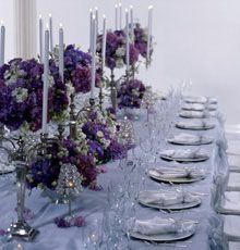 Lately couples have been mentioning purple as their wedding color again, so I thought someone might like this :-)