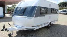 HOBBY DE LUXE EDITION 460 UFE - Gelderse Caravan Centrale - YouTube