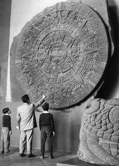Aztec Sunstone & Quetzalcoatl