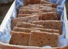 http://www.femininbio.com/cuisine-recettes/recettes-de-cuisine/crackers-au-quinoa-6271