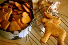 Well it's that time of the year again. We spend days cooking and preparing for the big feast, then we stuff ourselves an. Cookbook Recipes, Cookie Recipes, Gingerbread Cookies, Christmas Cookies, Reindeer Cookies, Biscuits, Greek Desserts, Cookie Icing, Food Festival