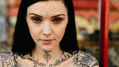 Grace Neutral is a handpoke tattoo artist from the UK who has transformed herself into a 'pixie dream girl' done by a series of dramatic body modifications. Sexy Tattoos, Body Art Tattoos, Girl Tattoos, Tattoos For Women, Tatoos, Tattooed Women, Grace Neutral Tattoo, Piercings, Portrait
