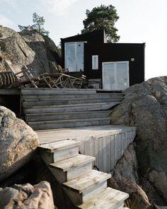 """Clemence shared a post on Instagram: """"Je reconnais que j'aurais du créer un compte dédié à cette petite maison #cabin #sweden…"""" • Follow their account to see 353 posts. Spots, Sweden, Exterior, Instagram, Wood, Home, Woodwind Instrument, Timber Wood, Trees"""