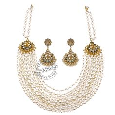 The SNEHLA NECKLACE + EARRINGS   by Indiatrend. Shop Now at WWW.INDIATRENDSHOP.COM