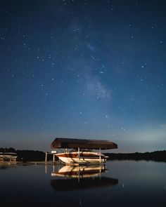 This is probably one of my favourite captures yet this summer at the lake. Not a breeze in the air just the calm water and the lit up stars. This is paradise #VisualsByAndy #stars #water #boat #milkyway #stars_hdr #night #nightsky #nightowl #summer #lake #a7sii #sonyalpha #sonyalphasclub #sony #nightscape #nightscene #astrology #nightphotography #nightscape #nightpic #explore #explorecanada #explorersofphotography
