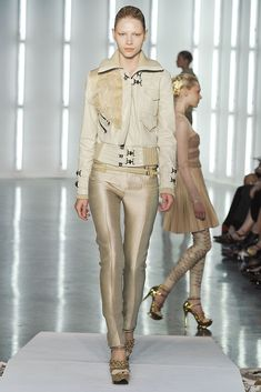 See the complete Rodarte Spring 2009 Ready-to-Wear collection.