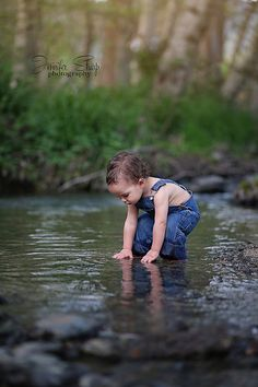 Playing in the water Toddler Boy Photography Connor david 15 months Southern Oregon Photographer  Jennifer Sharp Photography