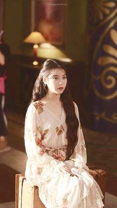 Luna Fashion, Girl Fashion, Dramas, Classy Outfits, Cute Outfits, Fashion Design Sketches, Perfect Wardrobe, Korean Actresses, Korean Beauty