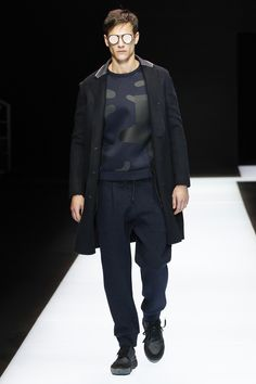 Emporio Armani Fall 2016 Menswear Collection Photos - Vogue