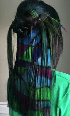 Pravana a ogreen blue dyed abstract hair color