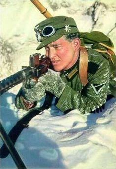 German machine gunner of the Mountain Rifle Division (Gebirgsjäger). Norway, 1940.