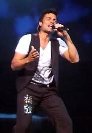 "LatinBeatsVibe: Is Chayanne's endearing charm enough to sell ""En T..."