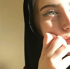 Discovered by shaymagyan77. Find images and videos on We Heart It - the app to get lost in what you love. Cute Girl Photo, Girl Photo Poses, Girl Photography Poses, Dark Photography, Most Beautiful Eyes, Beautiful Hijab, Hijabi Girl, Girl Hijab, Arab Girls Hijab