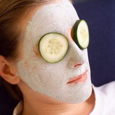 Sodium bicarbonate used as a mask and cleanser can help eliminate blackheads.