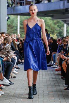 IMRECZEOVA SS18 blue strapped quilted dress 60 Degrees, Runway, Blue, Dresses, Fashion, Cat Walk, Vestidos, Moda, Walkway