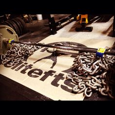 Gym Pic of the Day - Deadlifts with Elitefts chains